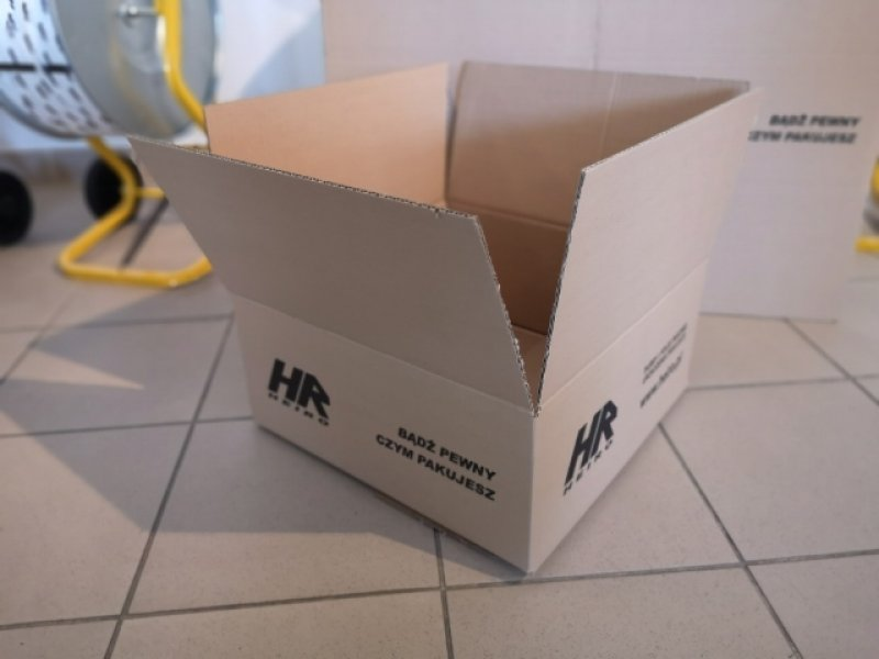 Carton - size 420 x 420 x 180 mm thickness