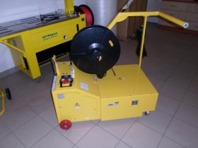 Semi – auto pallet strapping machine MINI VERTI – battery powered